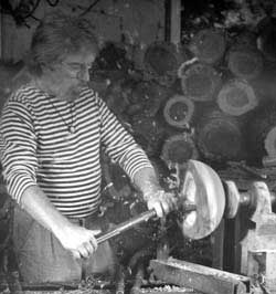 Barry Biesanz Woodturner.  Woodworking in Costa Rica since 1972